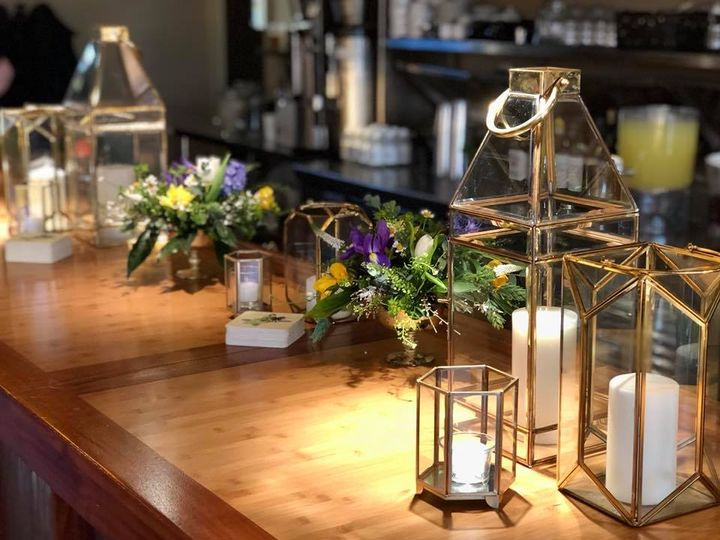 Tmx 16 51 28622 Urbandale, Iowa wedding florist