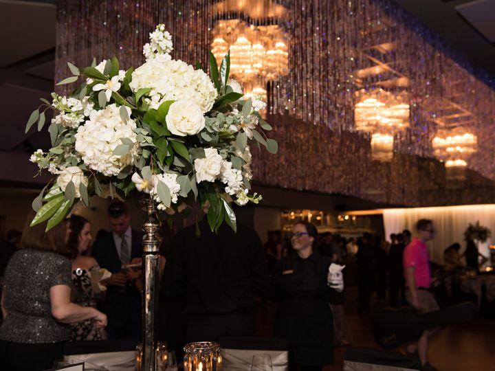 Tmx 22 51 28622 Urbandale, Iowa wedding florist