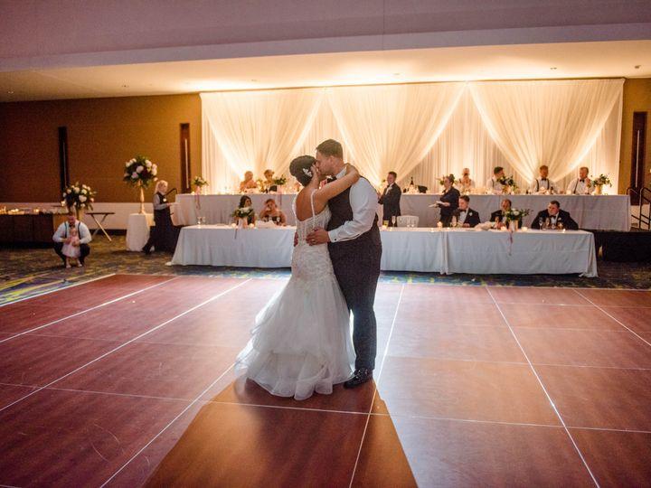 Tmx Erin11 51 28622 Urbandale, Iowa wedding florist