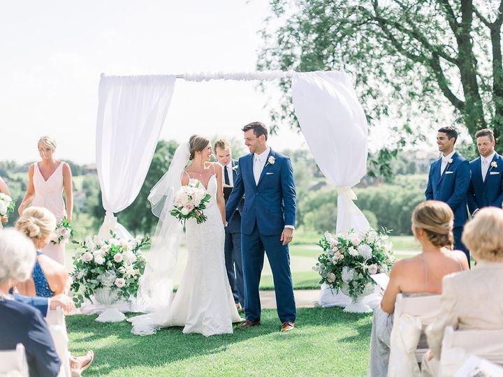 Tmx Img 9475 51 28622 1565026185 Urbandale, Iowa wedding florist