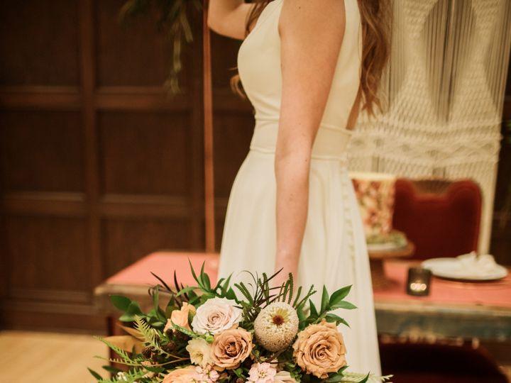 Tmx Mu6a 51 28622 158077015357632 Urbandale, Iowa wedding florist