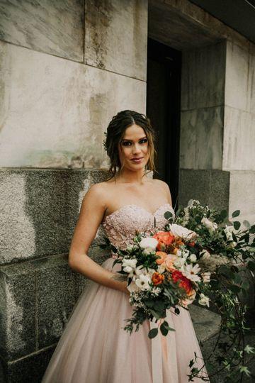 White, blush & peach bouquet