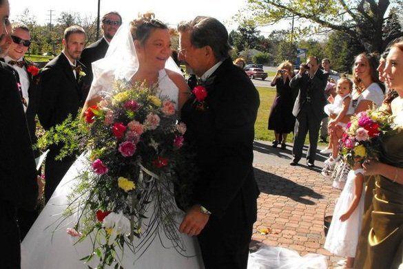 Tmx 1313589826340 18053016422316957551235700862316182998162729n Johnstown wedding florist