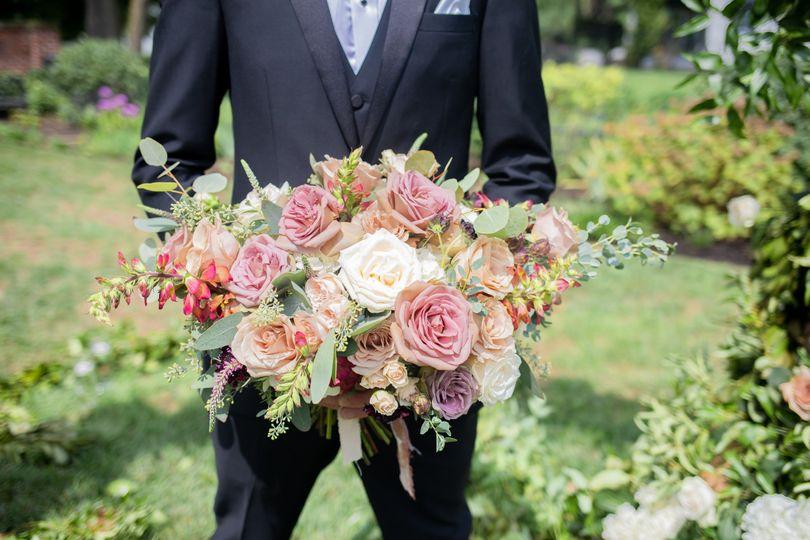 Romantic garden bouquet