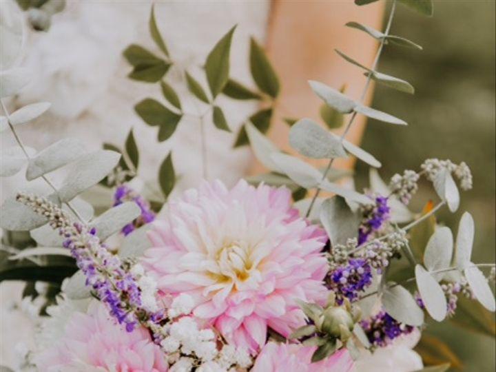 Tmx Img 3200 51 637722 Julian, PA wedding florist