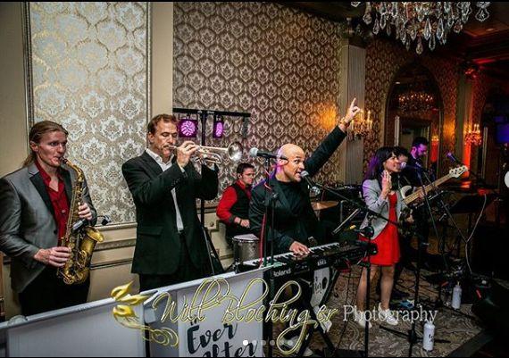Tmx Screen Shot 2019 11 19 At 11 50 47 Pm 51 621822 157422550122091 Red Bank, NJ wedding band