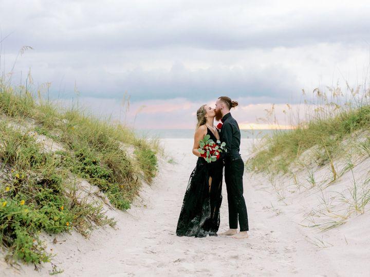 Tmx Tasha Michael Sneak Peeks 15 51 441822 160917379272944 Saint Petersburg, FL wedding planner