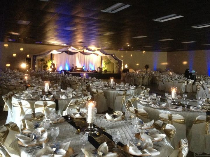 Gold and Brown Wedding Reception