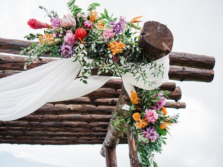 Tmx 0209w0136 51 695822 1556571937 Englewood, CO wedding florist