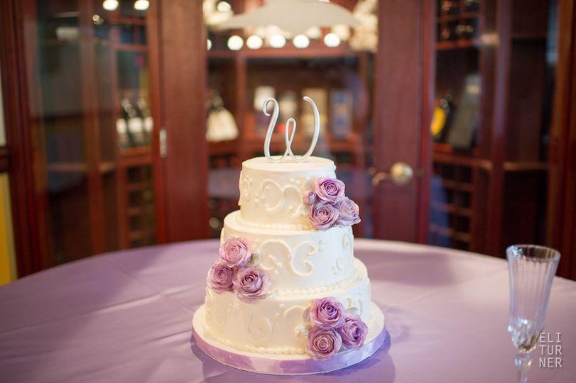 purple roses cak