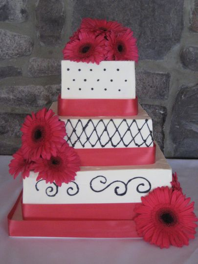 pink and black cak