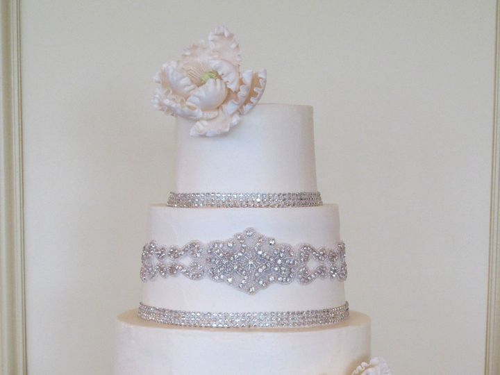 Tmx 1399938620638 1 Cake With Crystal Frederick, MD wedding cake