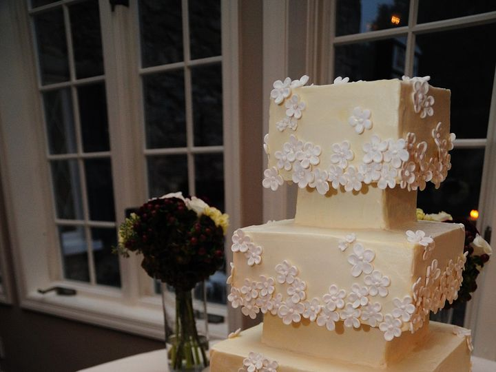 Tmx 1399938648379 2 Martha Stewart Flower Frederick, MD wedding cake