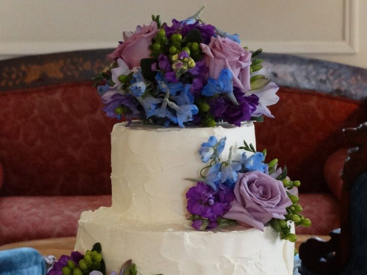 Tmx 1399938672490 3 Rustic Icing Purple Flower Frederick, MD wedding cake