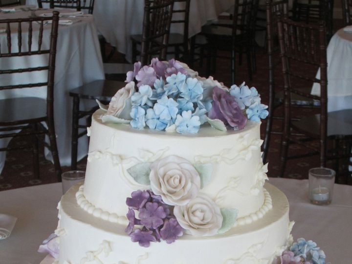 Tmx 1399938831140 6 Hydrangeas Cak Frederick, MD wedding cake