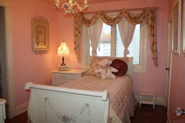 Rachel Rose Suite with hand painted sleigh bed