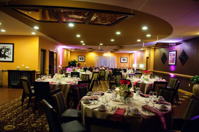 800x800 1422647448982 harvest grille reception