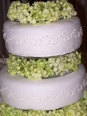 Tmx 1234477480484 Cake 200406 Pasadena, CA wedding cake