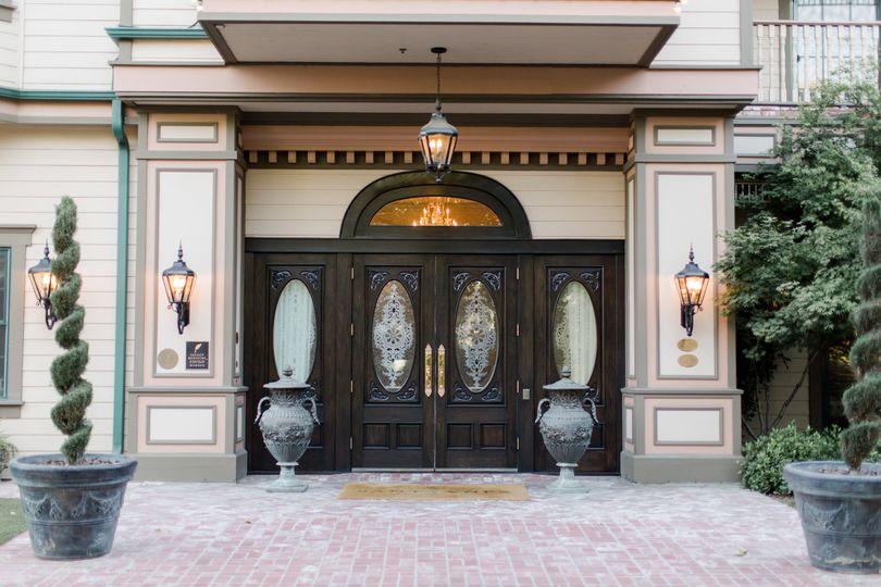 Santa Ynez Inn entry