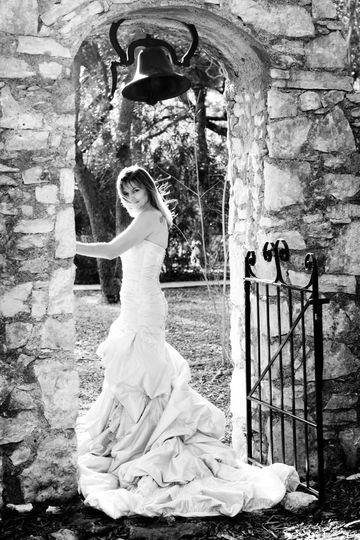 img0086 21 austin wedding photographers videog