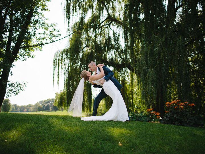 Tmx 1515975658 5010111f9da28110 1515975656 10b4e3489c9bb2b4 1515975654064 2 FACEBOOK 2017.09.0 Minneapolis, MN wedding photography