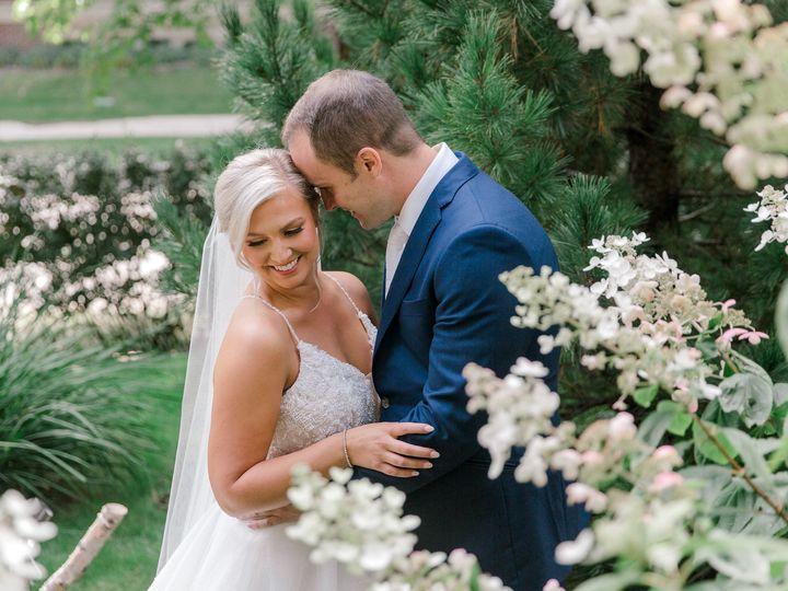 Tmx The Knot 2020 09 19 Lindsey And Sean Wedding 29625 2 51 936922 160338898075961 Minneapolis, MN wedding photography