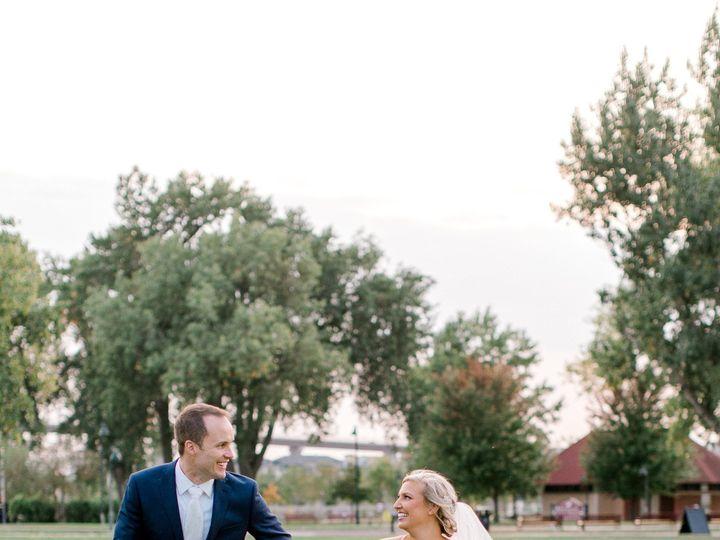 Tmx The Knot 2020 09 19 Lindsey And Sean Wedding 31137 11 51 936922 160338898917168 Minneapolis, MN wedding photography