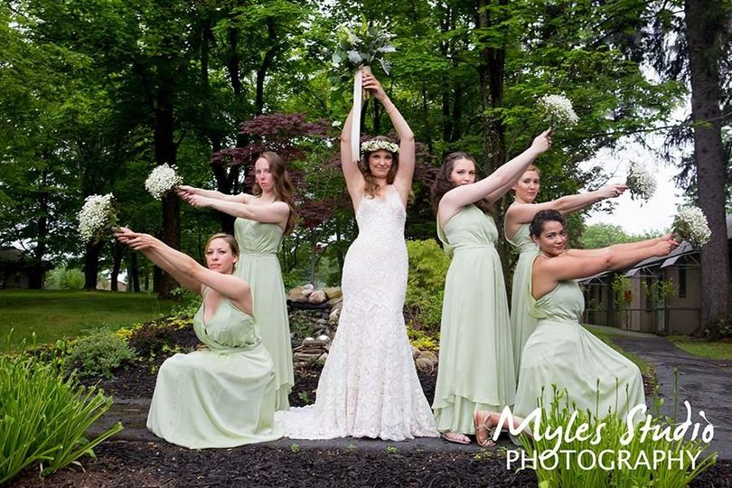 Brides Maids in one of our classic poses, taken at The Eagle's Nest in Bloomingburg NY.