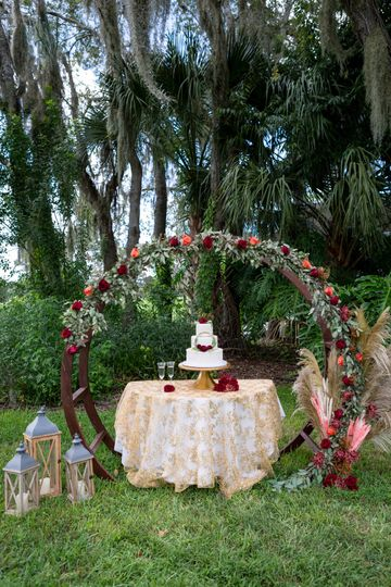 Outdoor Cake Table