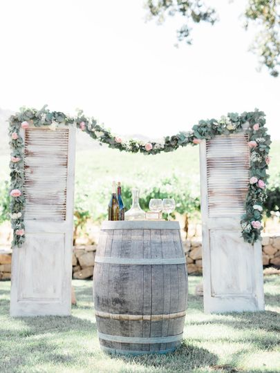 Arch with floral design