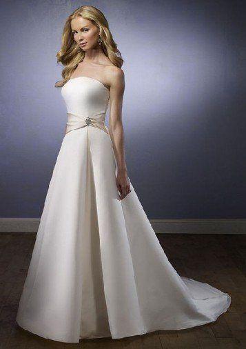 Megs dress rental photos dress attire pictures texas for Rent a wedding dress houston