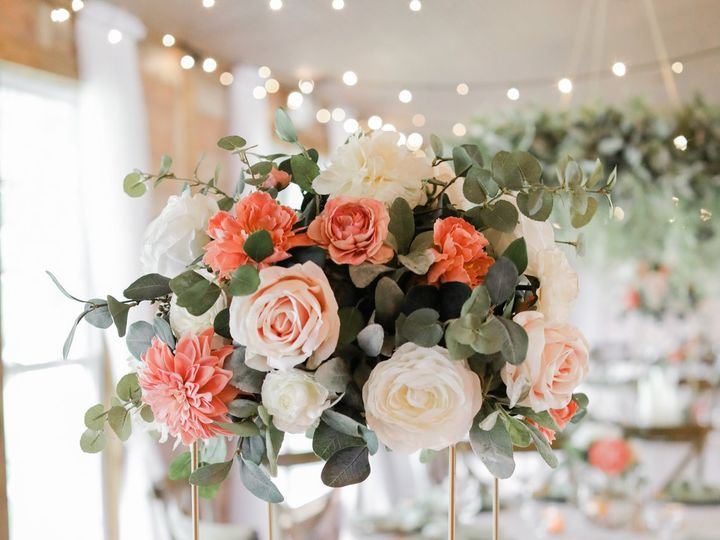 Tmx Lifelong Photography Studio 47 51 54032 161469877090306 Dover, FL wedding venue