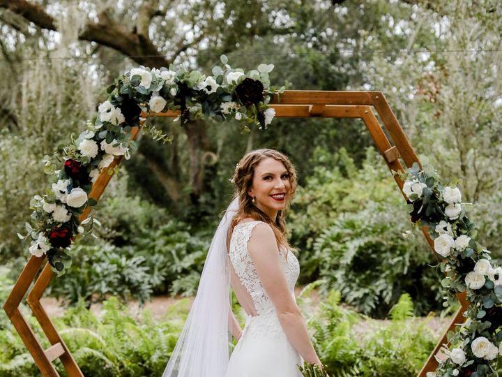 Tmx Lifelong Photography Studio 761 51 54032 161469882951677 Dover, FL wedding venue