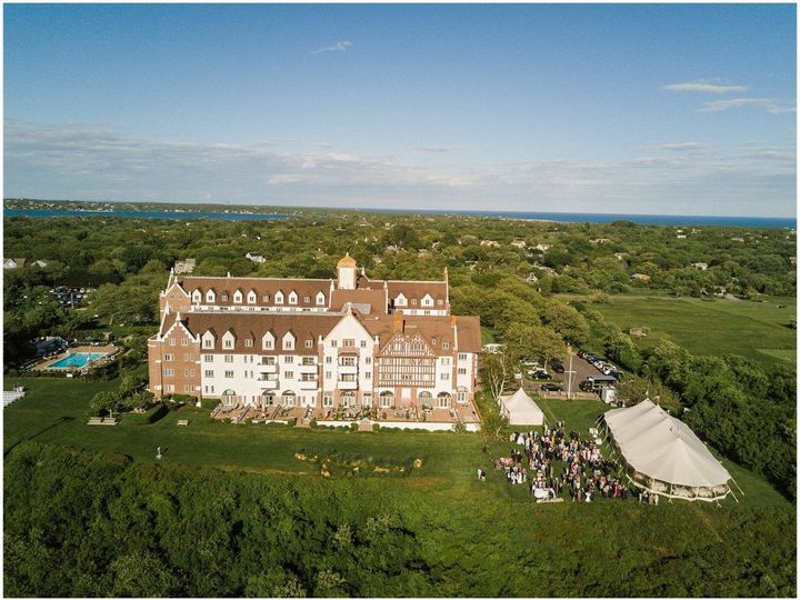 Tmx 1522855441 E2b0e3178c454ffc 1522855439 30ee71328bbcccd4 1522856355483 12 Sperry Tent At Mo Bridgehampton, New York wedding rental