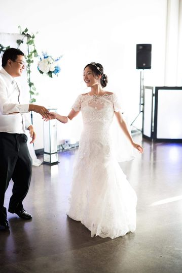 800x800 1500047380527 chou weddingdancing