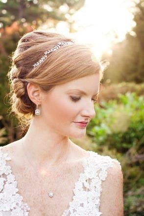 This bride wanted a classic feel and selected our deco drop earrings and CZ necklace.