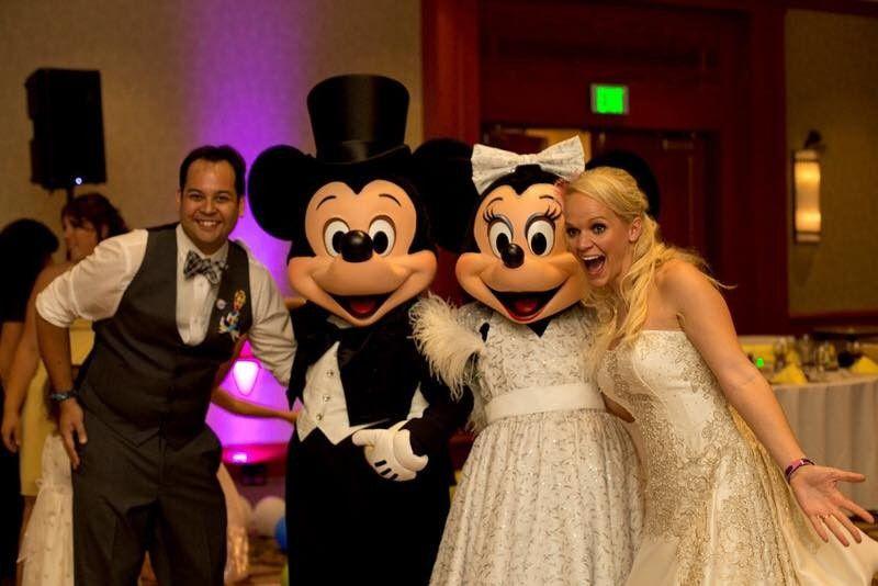 wedding minnie and mickey