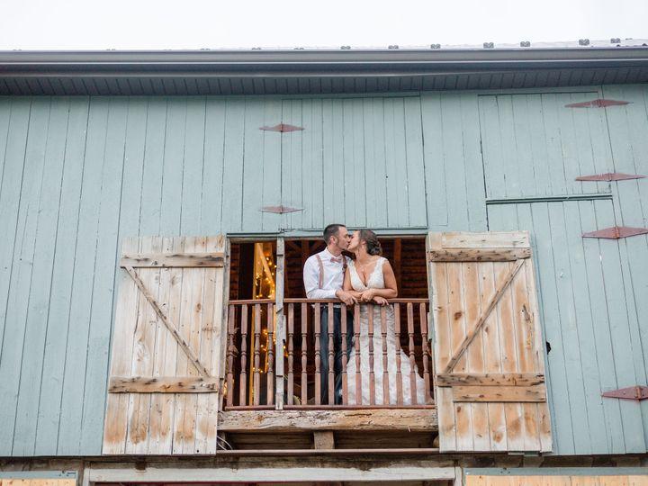 Tmx Dsc 6162 1999 51 999032 New Oxford, Pennsylvania wedding venue