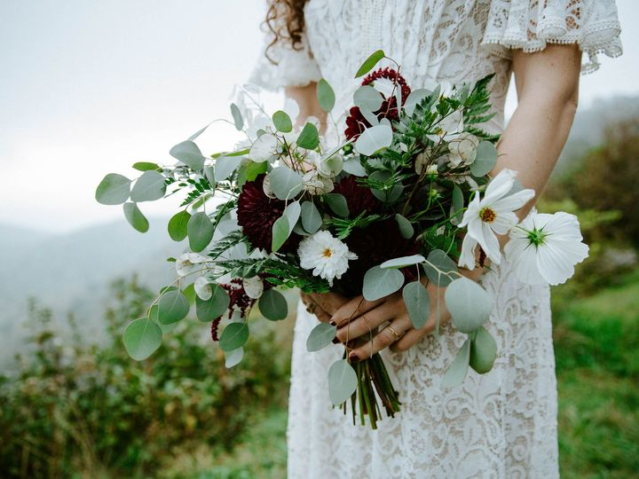 Tmx 1539543067 2830e0fc931ef767 Maegan Jonathan 9264 Black Mountain wedding florist