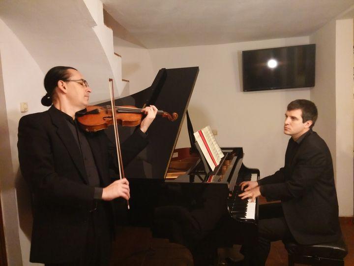 duo tocando
