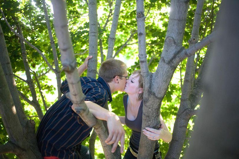 serenade engagement photography romantic