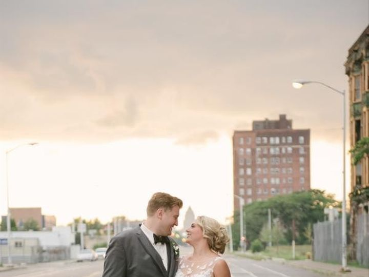 Tmx Kota Fleck Allie Siarto Photography Patriciabryan112 Low 51 123132 158205666594432 Detroit wedding venue