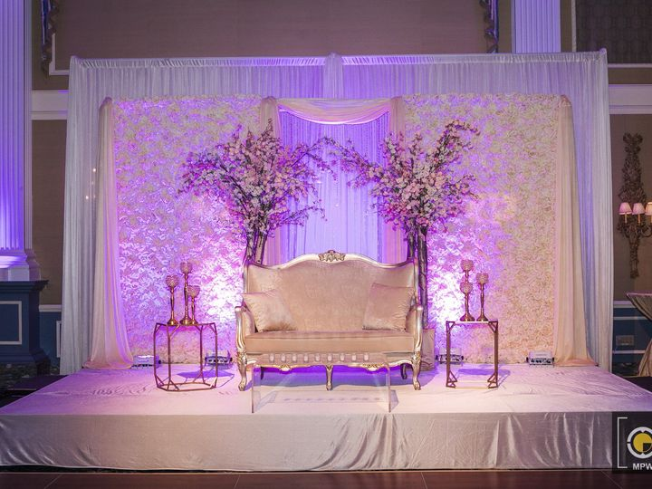 Tmx Pax 0462 51 994132 1572379099 Parlin, NJ wedding planner