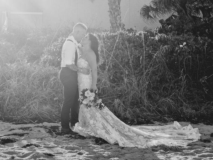 Tmx Brides Embracing Far Black And White 51 525132 157618084744610 Indialantic, FL wedding venue