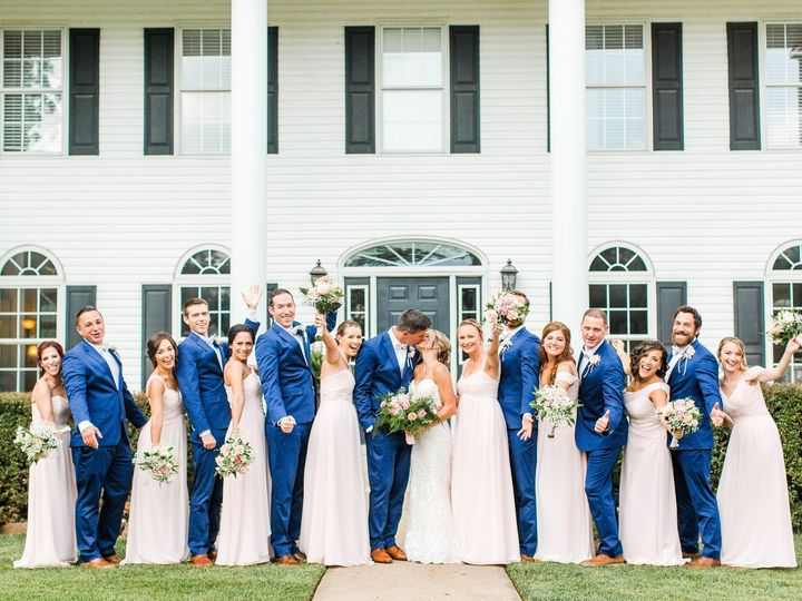 Tmx Bridal Party Front Of Hh 2 51 6132 157566531585807 Leesburg, VA wedding venue