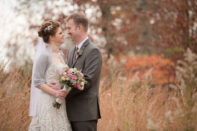 Tmx Couple In Reeds 51 6132 157566533333365 Leesburg, VA wedding venue