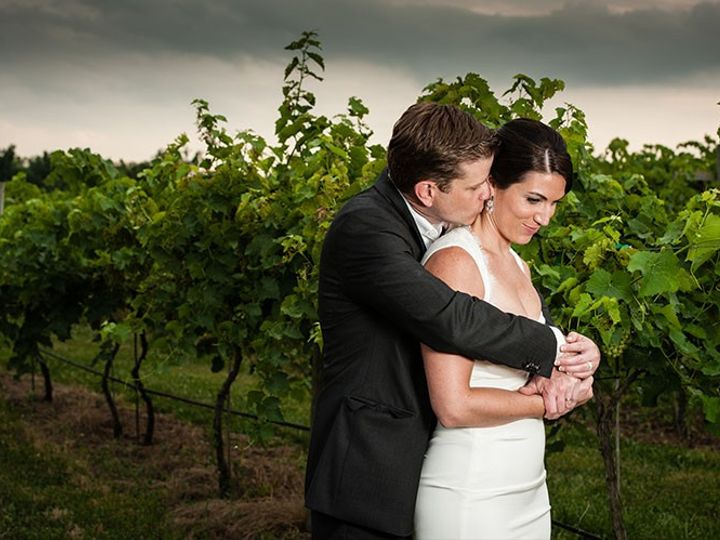 Tmx Couple In Vines 1 51 6132 157566533849980 Leesburg, VA wedding venue