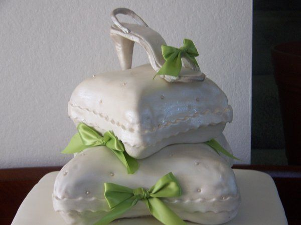 Tmx 1283314042935 1002654 Fontana wedding cake