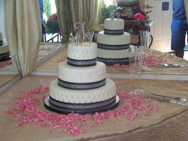 Tmx 1293774793289 1002771 Fontana wedding cake