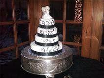 Tmx 1293774796930 Blackswirlscake Fontana wedding cake